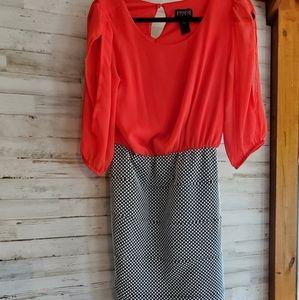 Open sleeves/ dress